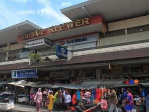Pusat Grosir Baju Murah Solo Klewer 2021 Baju Murah Meriah Di Pasar Klewer 1
