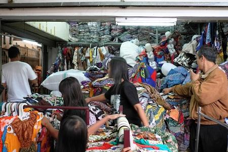 Grosiran Baju Murah Di Pasar Klewer Solo